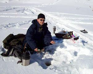 Отвесное блеснение - популярный вид зимней рыбалки